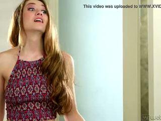 Samantha hayes và elektra rose trong các phổ biến cô gái