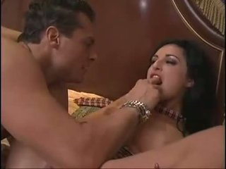 Hot Latin Sweetheart Avy Lee Roth Receives Her Cunt Licked And Blows Cock