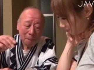日本, 孩兒, 老+年輕