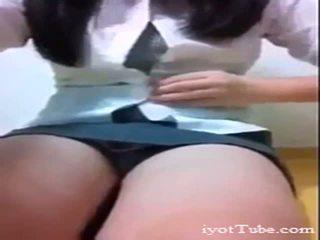 Koreanska skola flicka från iyottubedotcom