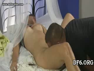 Virgin tries jos 1st dong