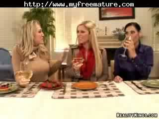 Veronica rayne, alana evans, と ashryan 成熟した 成熟した ポルノの おばあちゃん 古い cumshots ザーメン