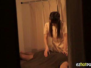 Ezhotporn.com - drobne japanaese szmata looks na seks