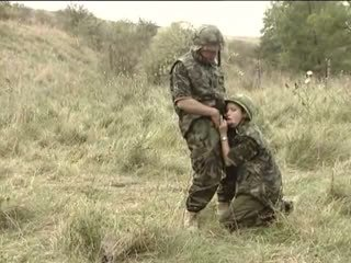 Armeija treats täysi klassinen, vapaa vuosikerta porno 26