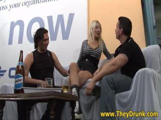 agradable hardcore sex agradable, pissing, real borracho completo