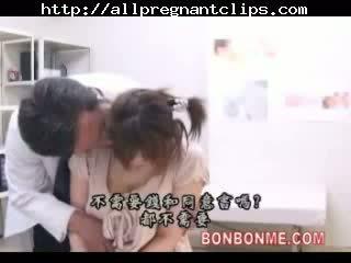 Prego jap jovem grávida fodido por médico