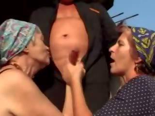 Oma pervers: gratis all'aperto porno video 14