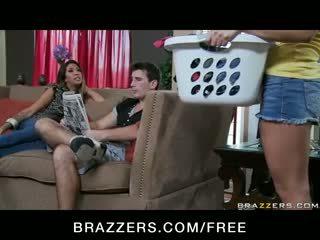 Gracie glam - selingkuh buah dada besar latina istri milf has seks tiga orang pesta liar dengan remaja pembantu