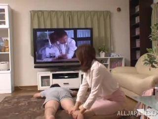 Living quarto witnesses um agradável sexo atuação de an tailandesa pair