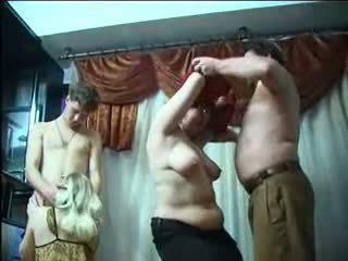 Ruský houpá strana