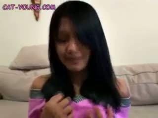 Solo asiática adolescente