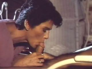 Tabu amerikkalainen tyyli 1 - 1985, vapaa äiti porno cf