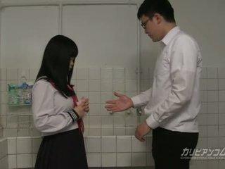 תלמיד, יפני, מציצה
