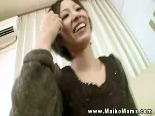 Detta orientaliska momen jag skulle vilja knulla prostituerad är bra upp för några youthfull knull