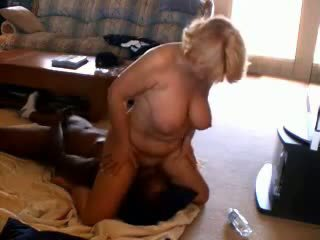 Rallig reif ehefrau adoring schwarz dicks, porno 33