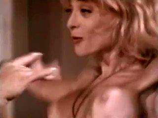 Lésbicas fazer amor em hawt clássico xxx sexo a 3