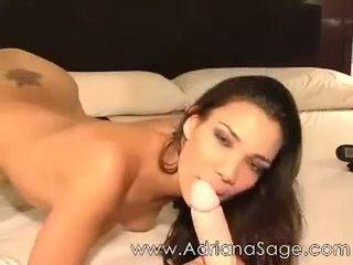 Adriana sage 摄像头 由 jaminel