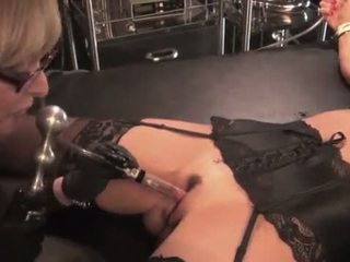 Nina hartley toying 和 dominating 她的 摩洛伊斯兰解放阵线 slut-25734 mp4574