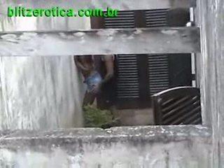 Spycam سخيف حار خشب الأبنوس في جمهور مخفي
