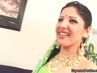Ýigrenji arab gutaran künti gets her amjagaz licked