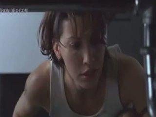 Gina gershon dan jennifer tilly terikat