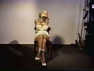 Karrige tied 1: falas skllavëri porno video 96