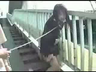 Nuori japanilainen äiti shitting everywhere video-