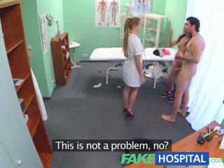 Fakehospital горещ медицинска сестра joins двойка в тройка