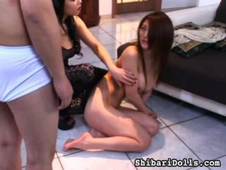 Misturar de porno surrounding