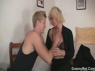 ハードコアセックス, 熟女セックス, アマチュアポルノ