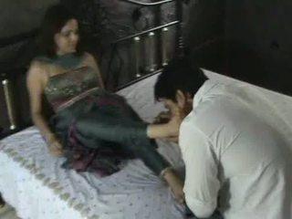 Indian model în churidar picior adoratie