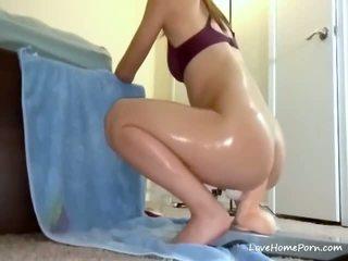 bruneta, hračky, sexuální hračky