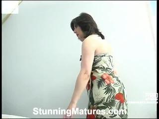 Výber na úžasné klipy od skvostné matures v vyzreté porno niche
