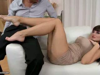 skontrolovať veľké prsia, menovitý pornohviezdami skontrolovať