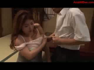脂肪 巨乳 摩洛伊斯兰解放阵线 giving 口交 getting 她的 奶 性交 的阴户 licked 由 丈夫 上 该 地板 在 该 室