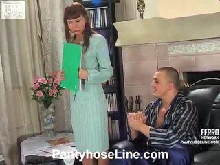 סקס הארדקור, גרביונים, ברוניקה