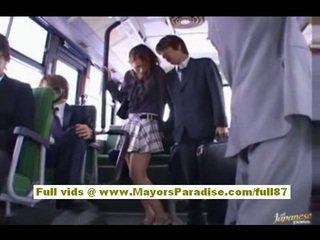Nao yoshizaki sexy aziatike adoleshent në the autobuz