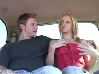 Hitchhiker teen blond gets muschi licking