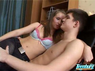 Lustful adam kisses kızlar