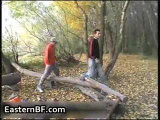Napalone east europejskie boys gej pieprzenie i 10 pounder engulfing
