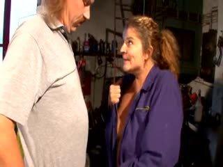 German diwasa slut hard fuck with a mechanic in his garage