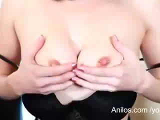 Pertama air mani video untuk seksi mama berikutnya pintu