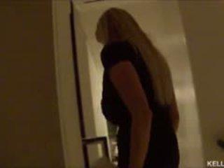 Kelly madison takes her big süýji emjekler to vegas yeah baby