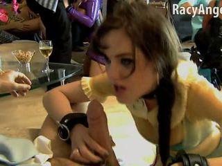 Sasha grey është duke thithur kokosh gjatë e pacensuruar orgji