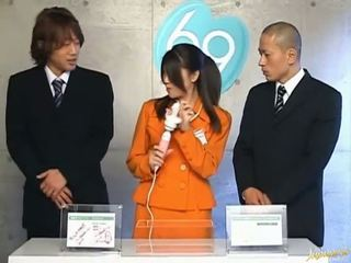 Японська av модель дупа обмацана