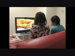 Mẹ và con trai xem khiêu dâm cùng nhau thí nghiệm 4