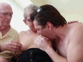 grannies, matures, sex în trei