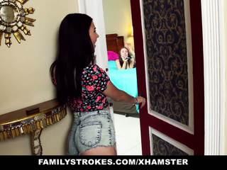 Familystrokes - 步 sisters 挑逗 和 他媽的 步 哥
