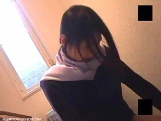 Voyeur lavabo mastubating chica coño squirting