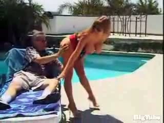 Darla crane titty fucks ja sucks kukko outdoors